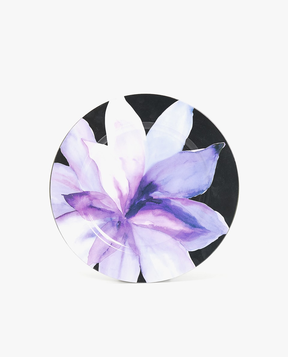 FLOWER DESIGN PLASTIC CHARGER PLATE