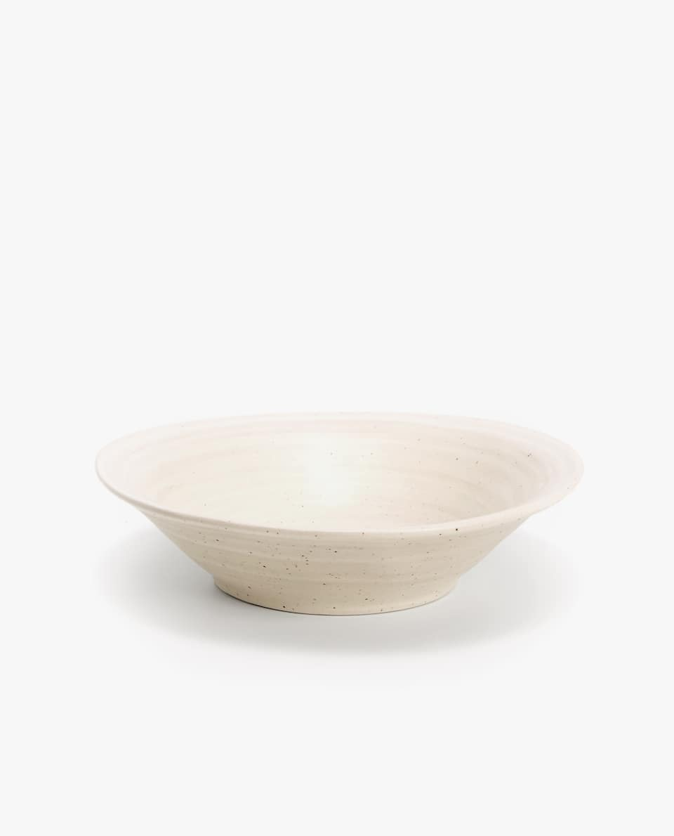 IRREGULAR-SHAPED EARTHENWARE BOWL