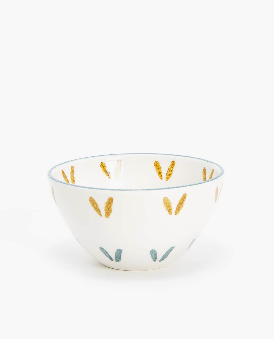 EARTHENWARE BOWL WITH MOTIFS