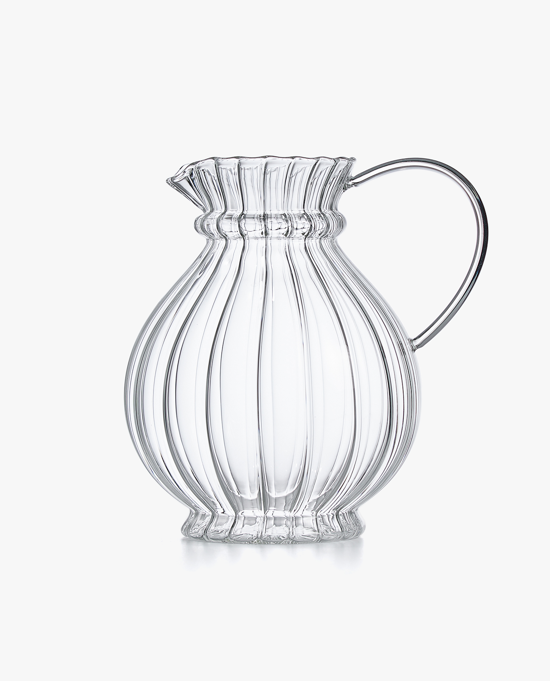 BOROSILIATE GLASS PITCHER WITH WAVY DETAIL