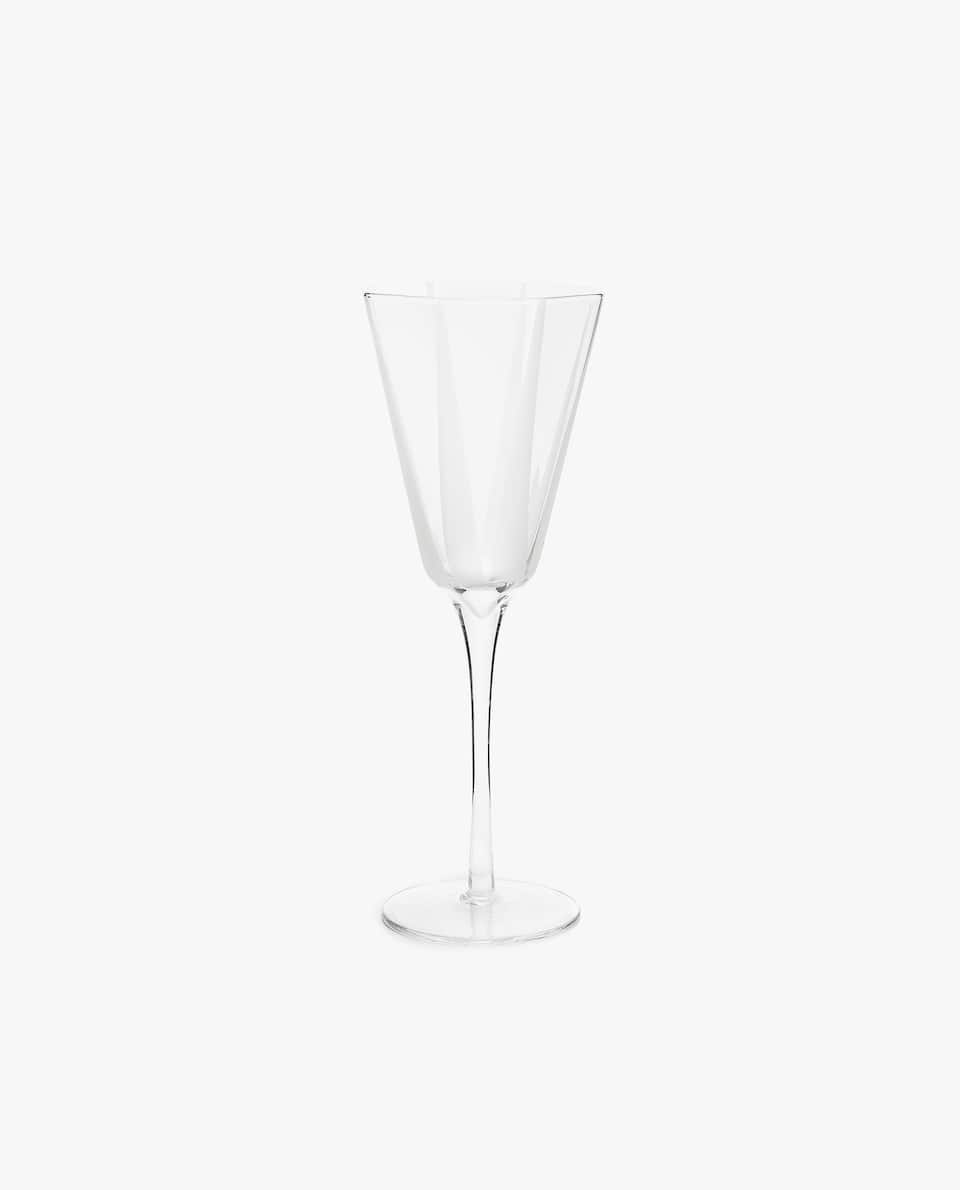 OCTAGONAL WINE GLASS