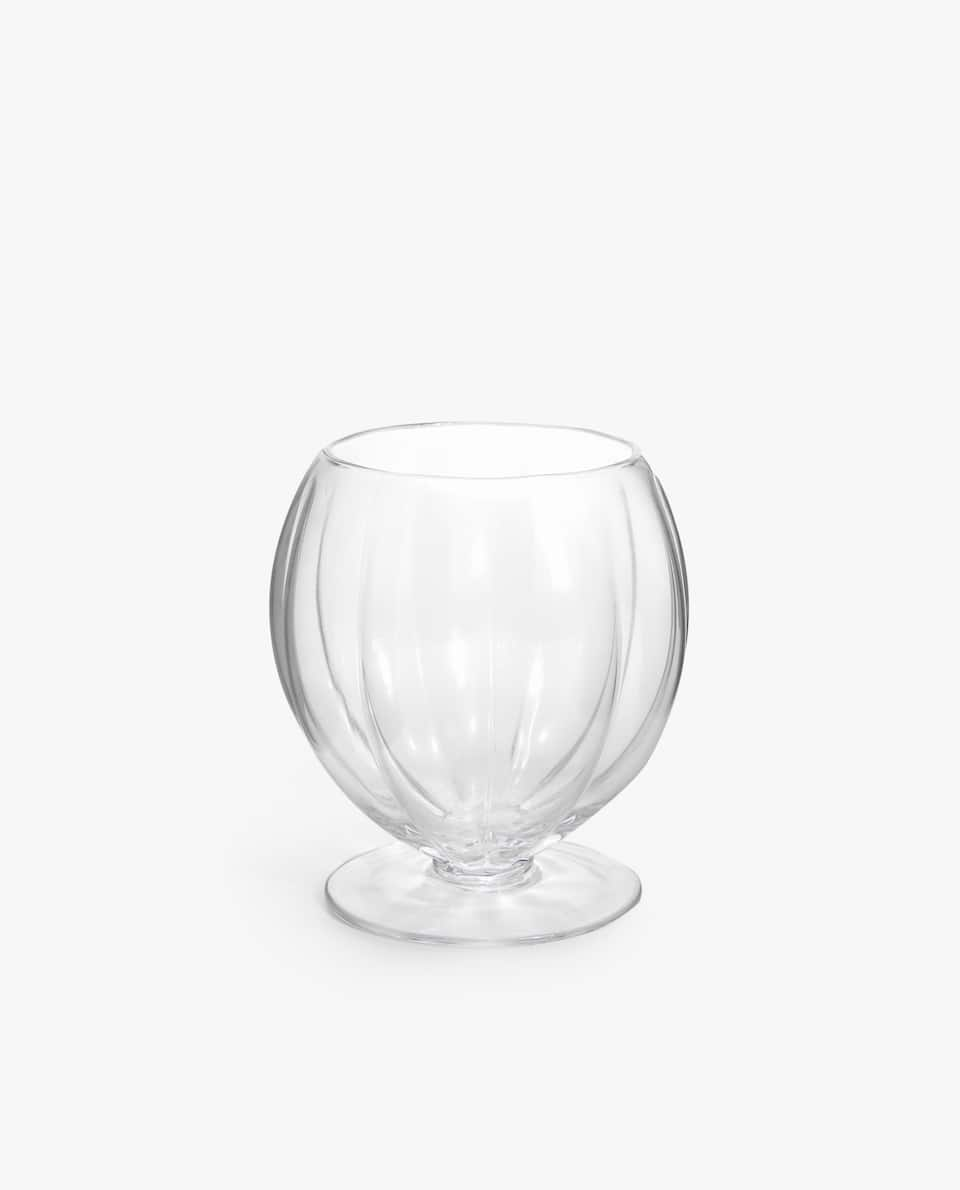 TUMBLER WITH WAVY OUTLINE