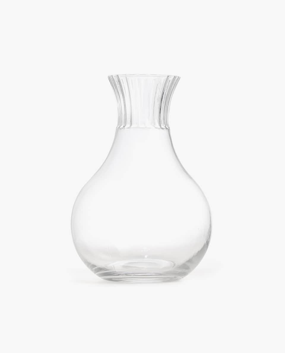 GLASS DECANTER WITH WAVY NECK