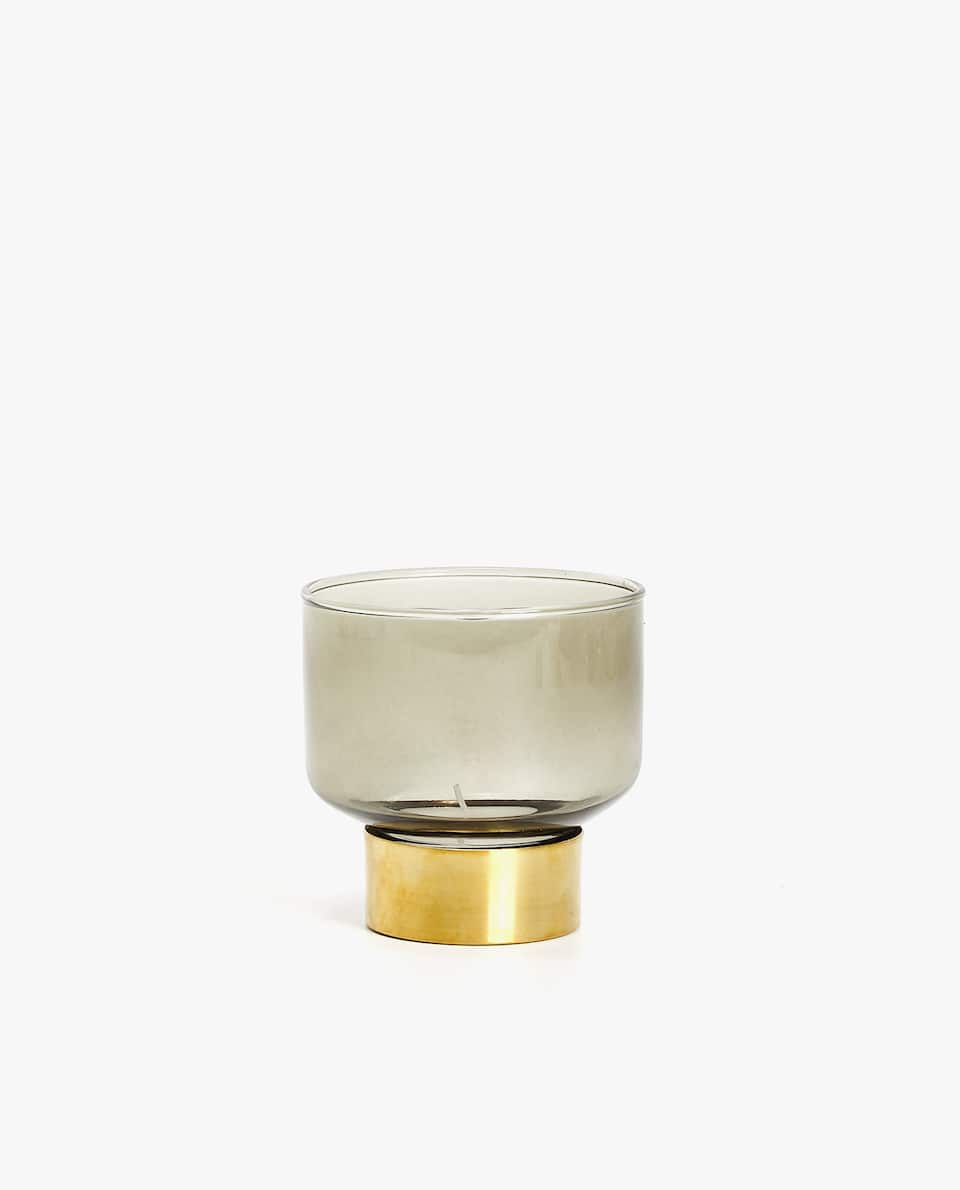 Tealight holder with golden base