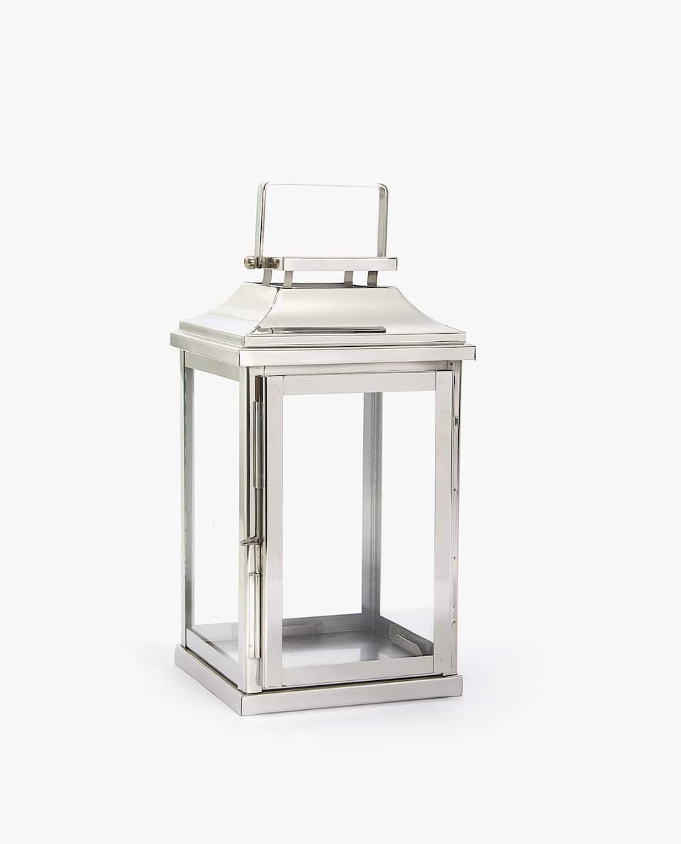 Rectangular lantern with door detail