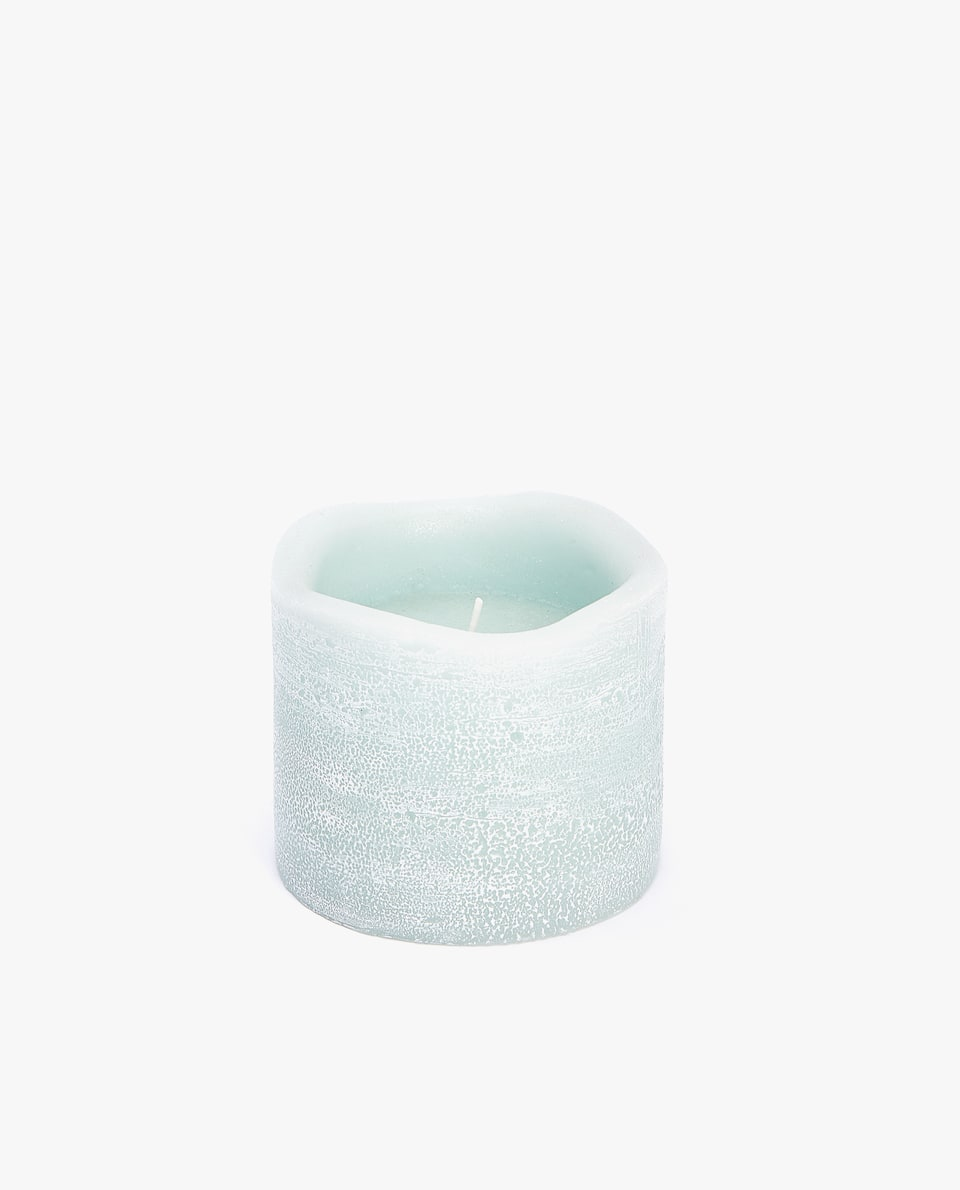 WAX CANDLE HOLDER WITH IRREGULAR EDGE