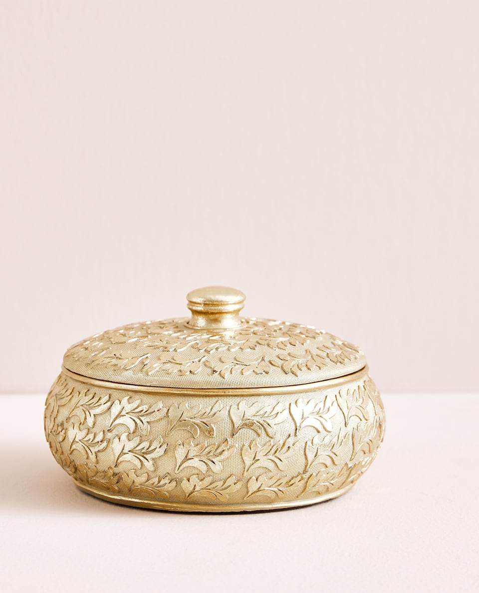 GOLDEN RESIN BOX