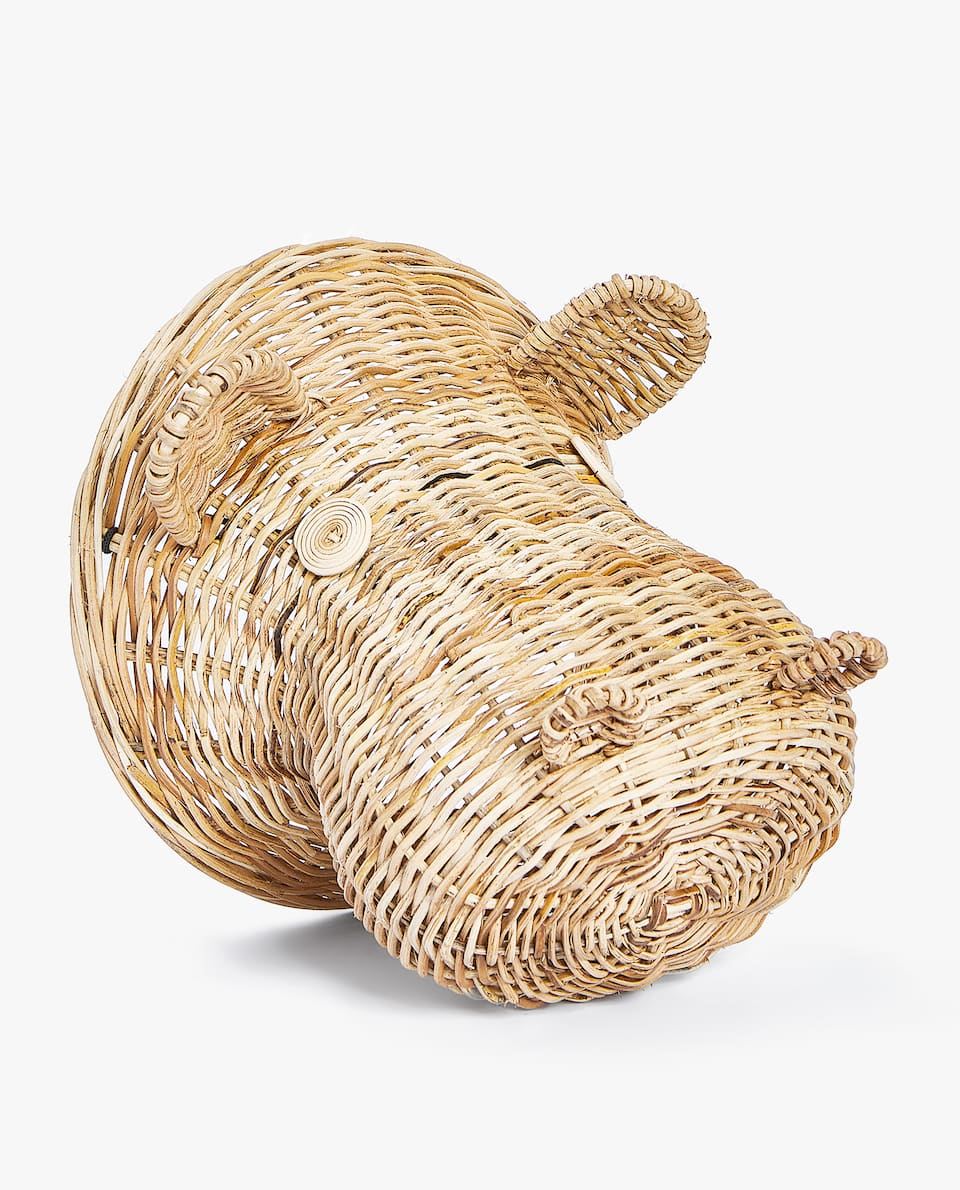 DECORATIVE WICKER HIPPO