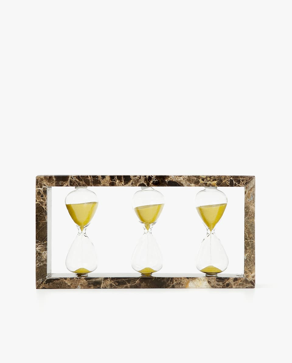 HOURGLASSES WITH MARBLE FRAME