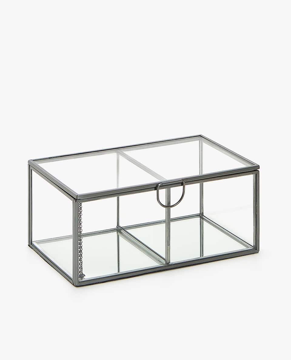 GLASS BOX WITH METAL EDGE