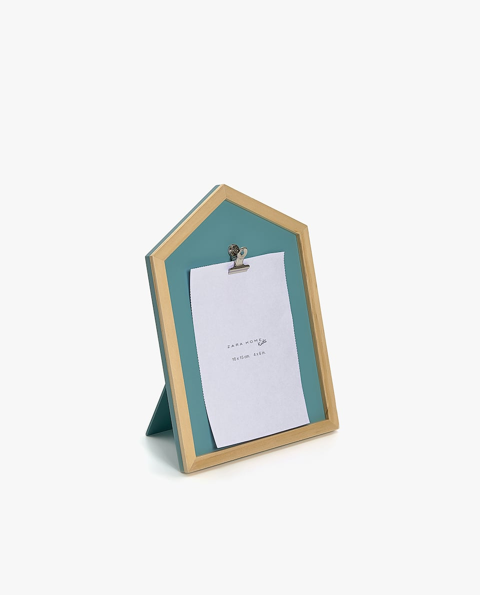 BLUE HOUSE-SHAPED FRAME WITH CLIP