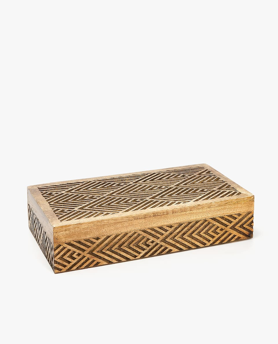 WOODEN GEOMETRIC JEWELLERY BOX