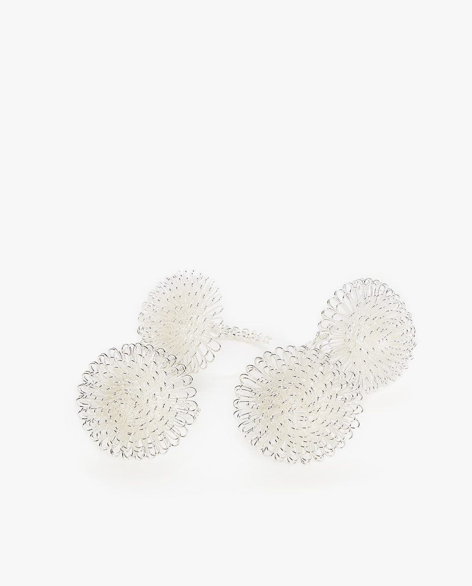 SHIMMER-THREAD FLOWER NAPKIN RING (PACK OF 4)