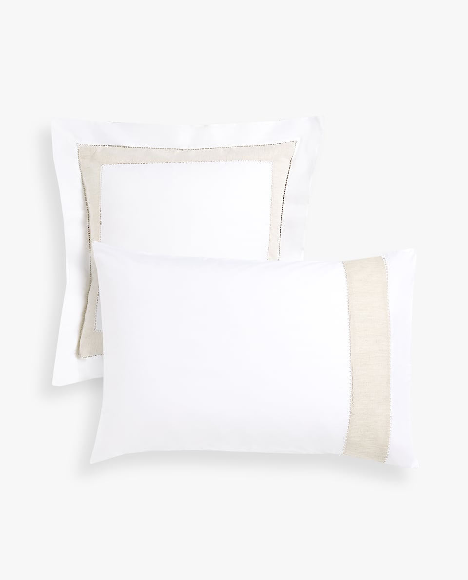 COTTON PILLOWCASE WITH CONTRASTING LINEN BORDER