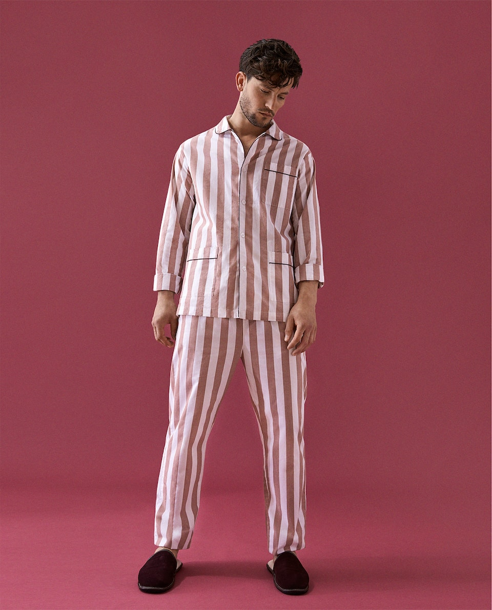 CLASSIC STRIPED PYJAMAS