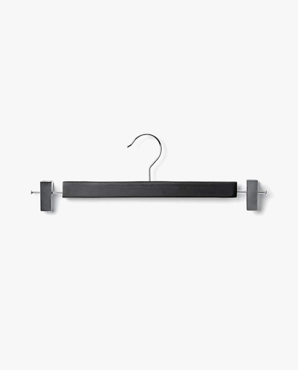 LACQUERED WOODEN SKIRT HANGER (SET OF 3)