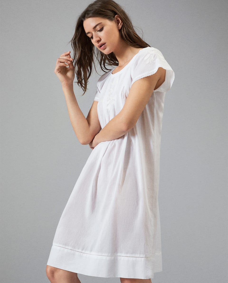 NIGHTDRESS WITH EMBROIDERED DETAILS