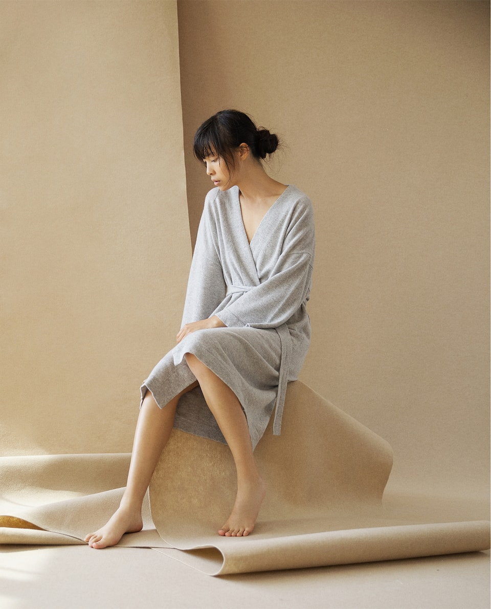 CASHMERE DRESSING GOWN WITH BELT