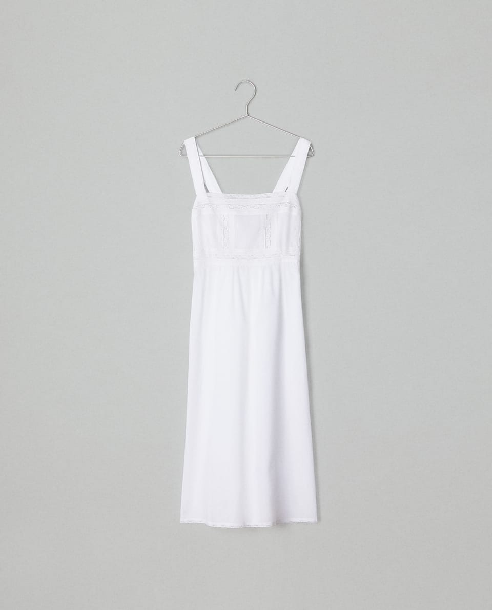 NIGHTDRESS WITH LACE STRAPS