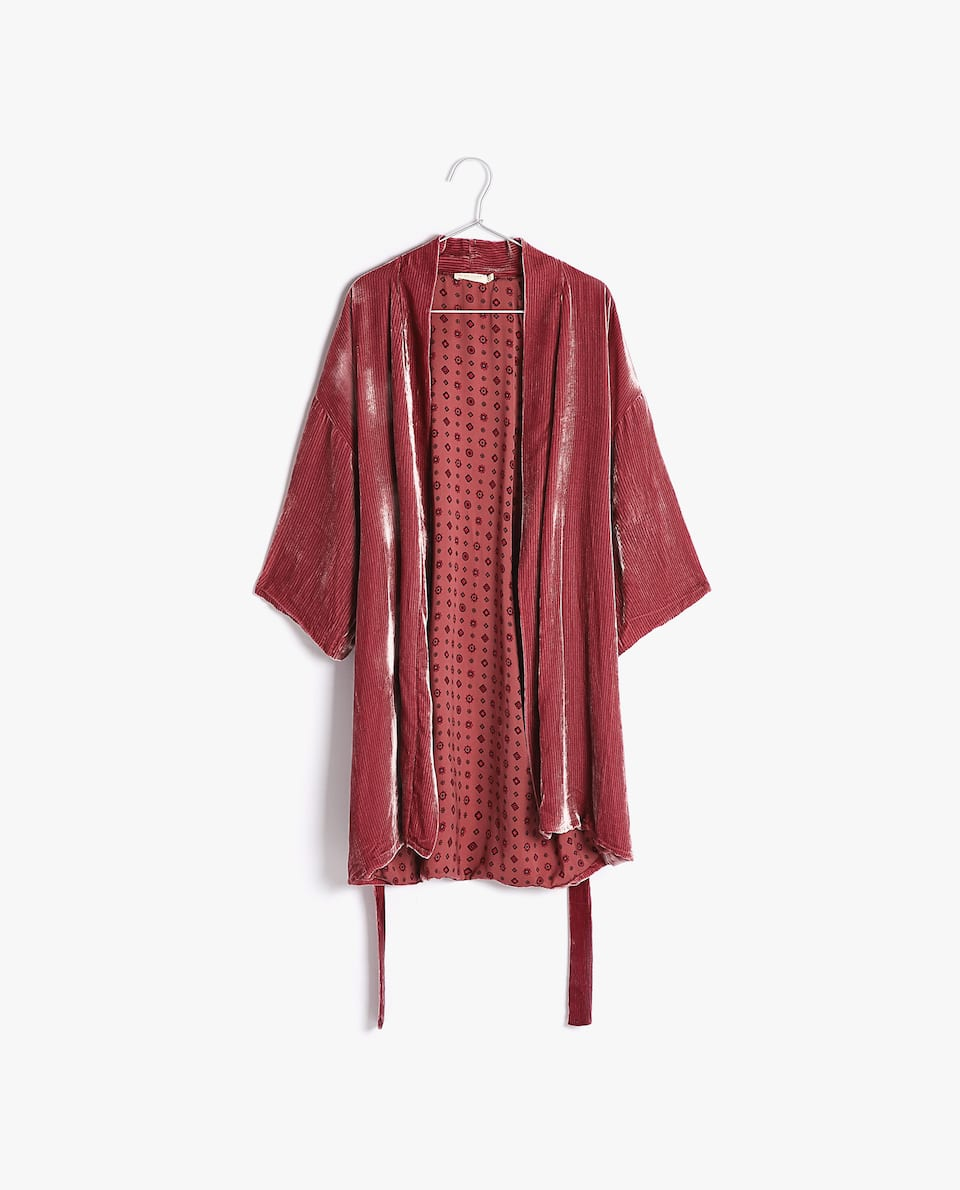 CREASED VELVET DRESSING GOWN