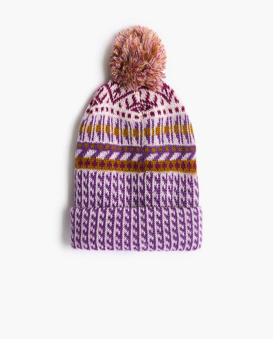 WOOL AND CROCHET HAT