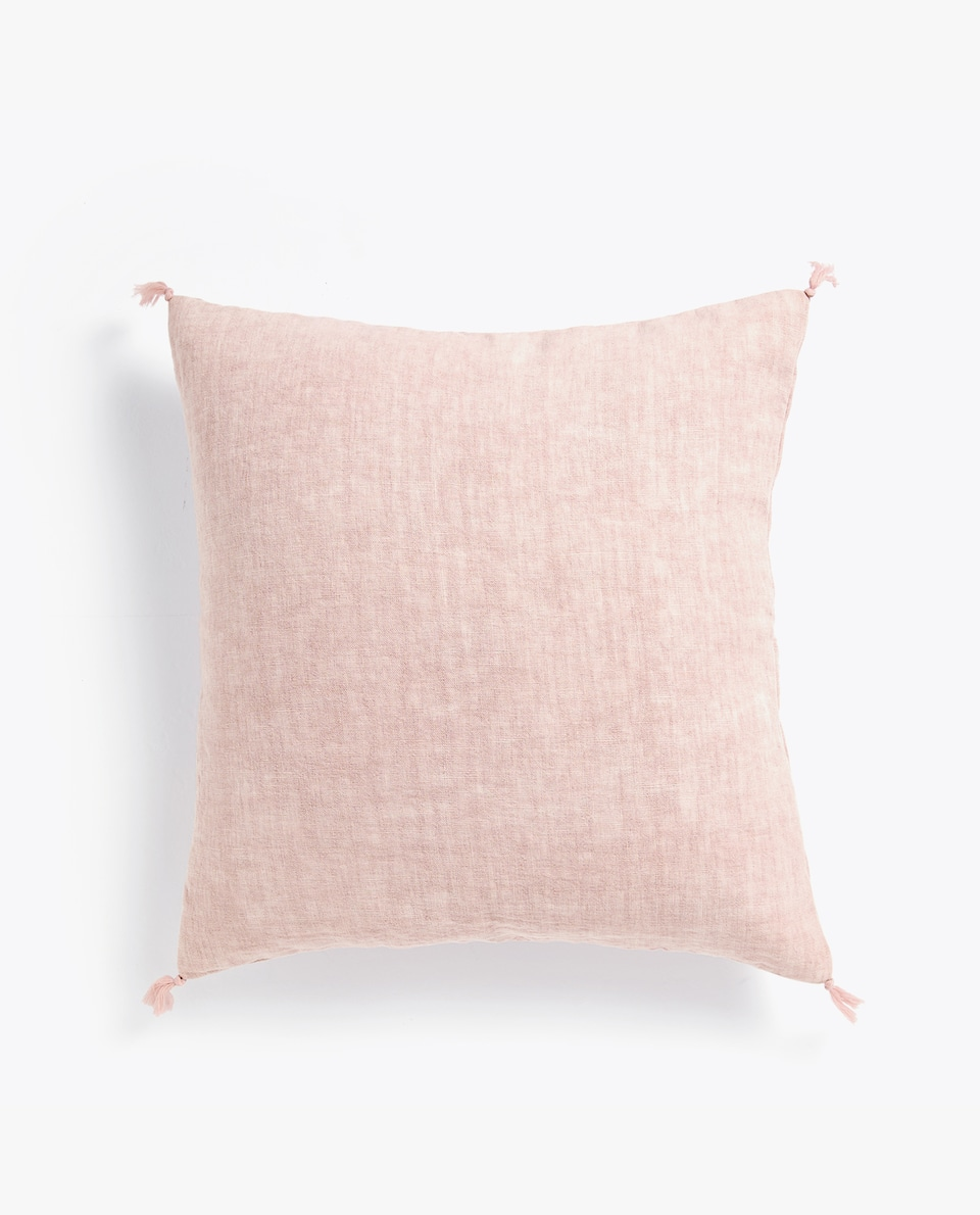 FADED LINEN CUSHION COVER WITH TASSELS