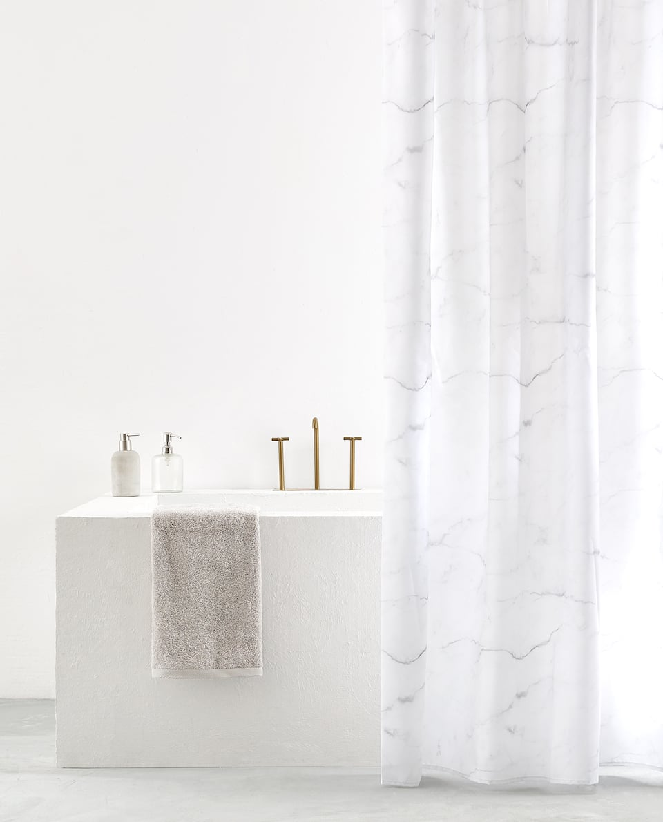 MARBLE EFFECT SHOWER CURTAIN