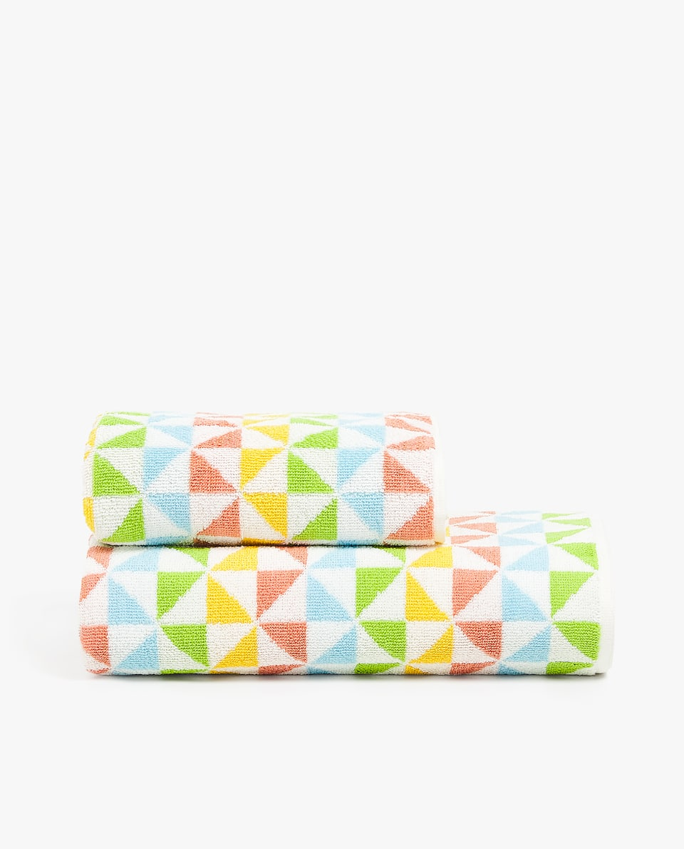 GEOMETRIC COTTON TOWEL