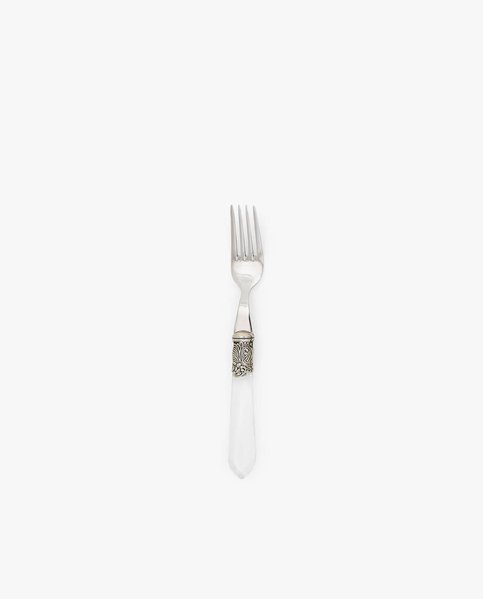 BRUNCH FORK WITH HANDLE DETAIL