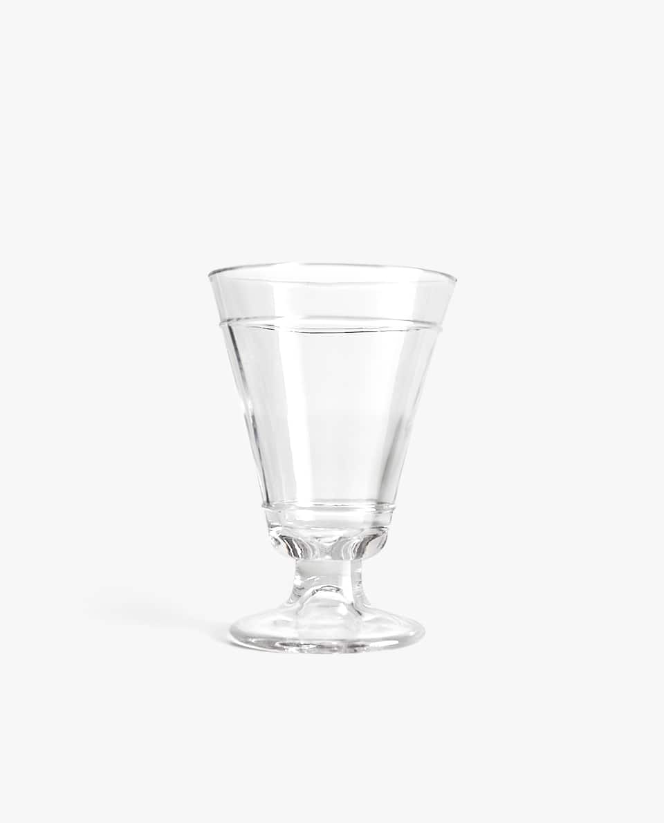 RAISED LINE DESIGN WINE GLASS