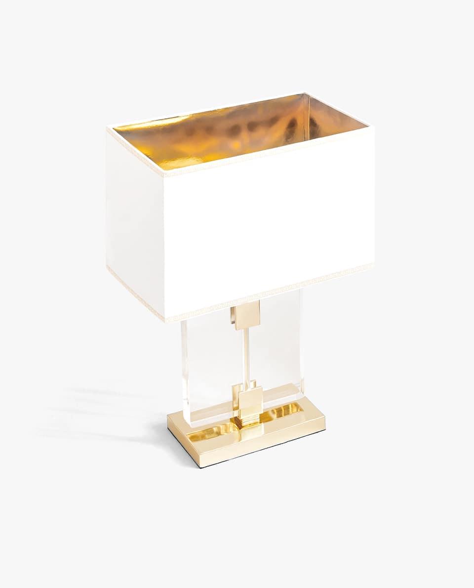 LAMP MET GOUDKLEURIGE VOET