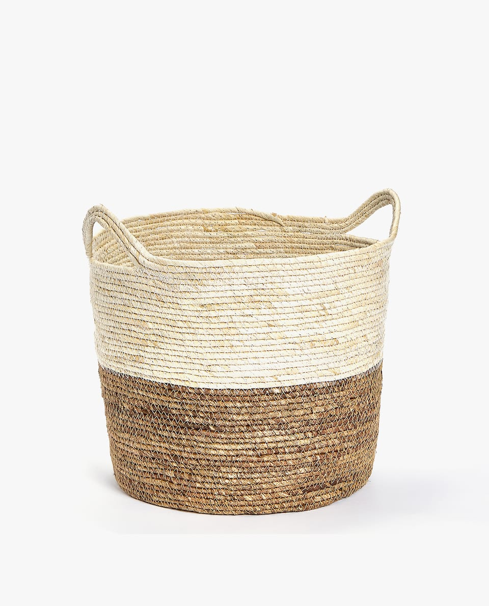 BASKET WITH TWO-TONE HANDLES