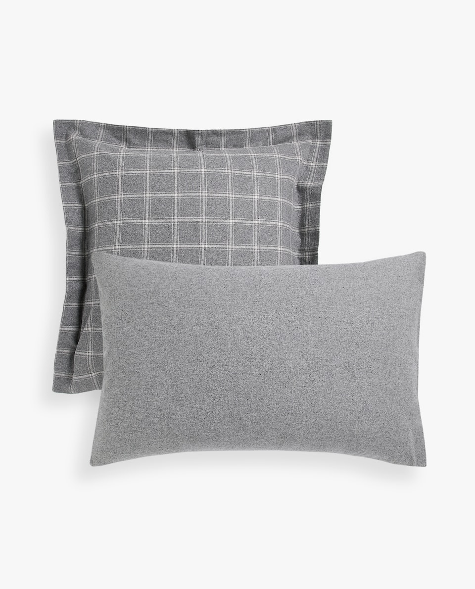 CHECKED FLANNEL PILLOWCASE