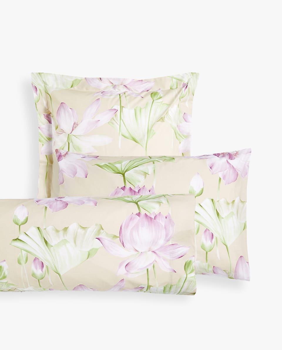 LOTUS FLOWER PRINT PILLOWCASE
