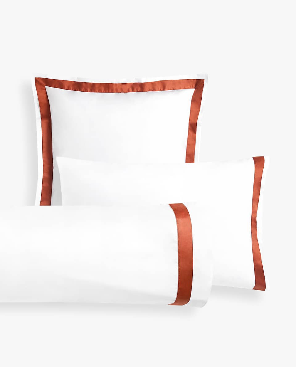 PILLOWCASE WITH CONTRASTING SATEEN BAND