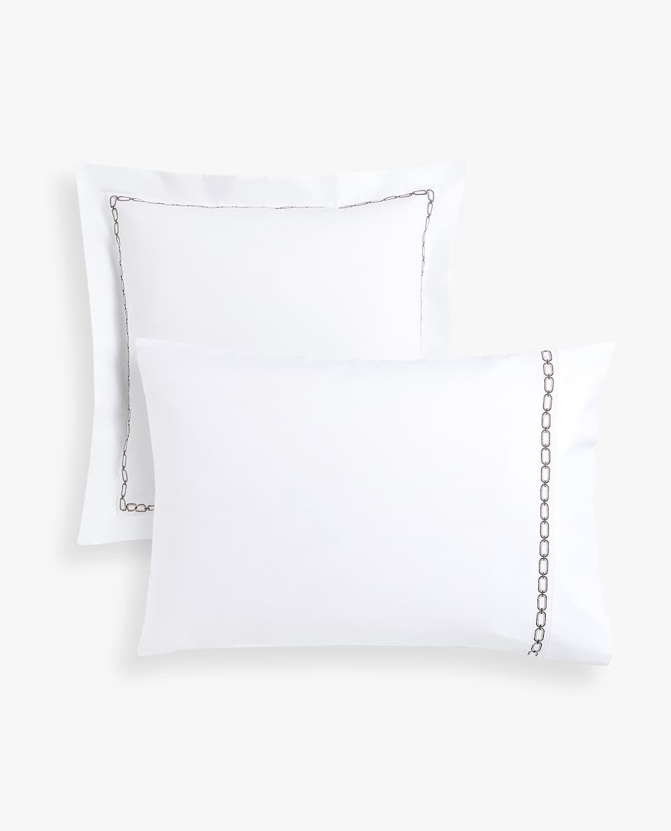 EMBROIDERED CHAIN PILLOWCASE