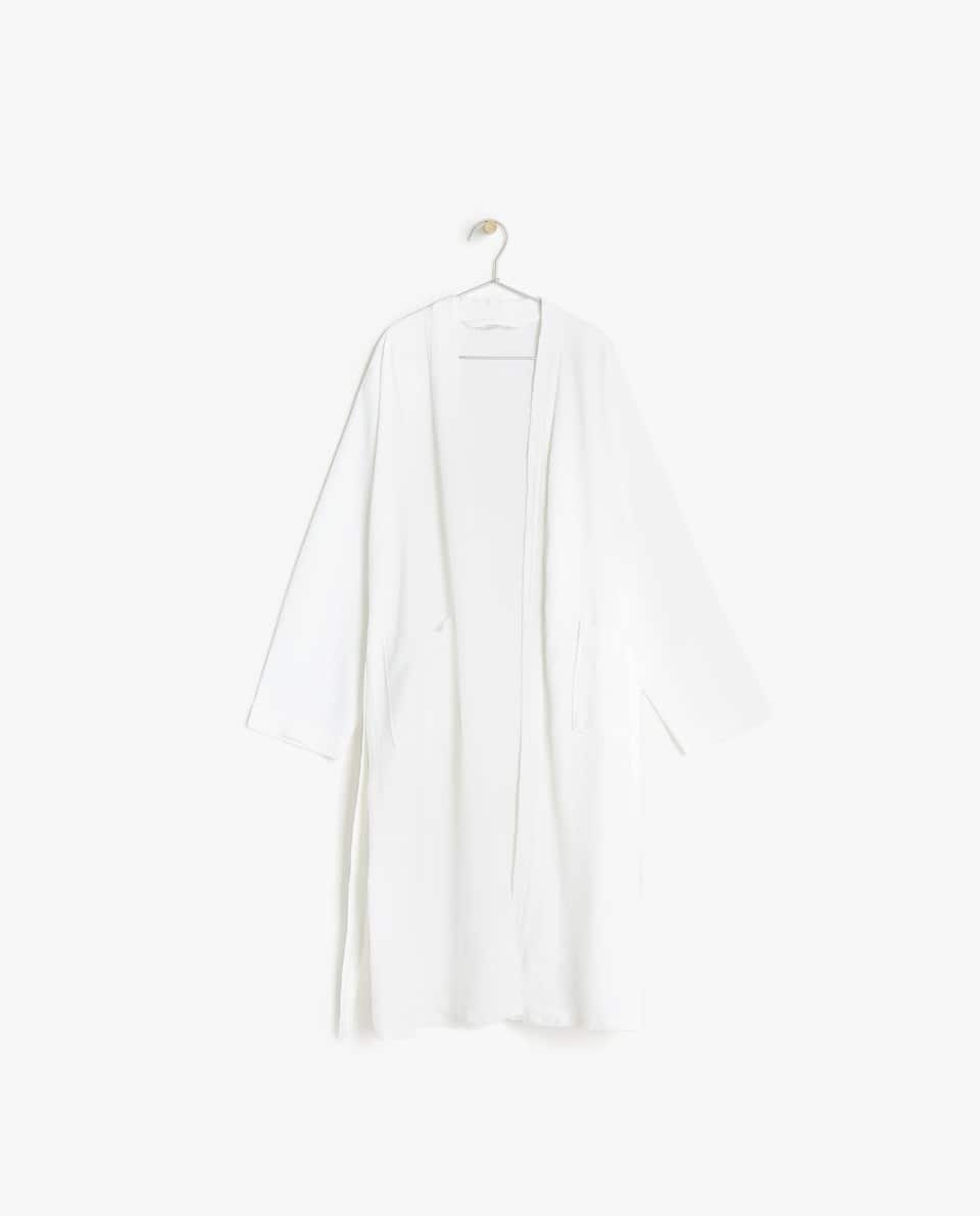 PIQUÉ BATHROBE