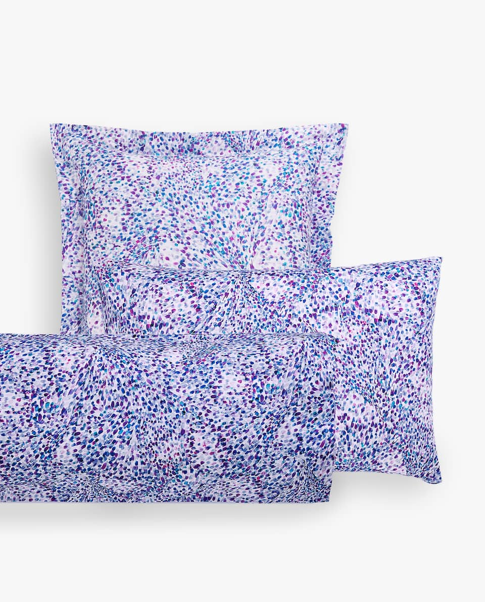 IRREGULAR POINTILLIST PRINT PILLOWCASE