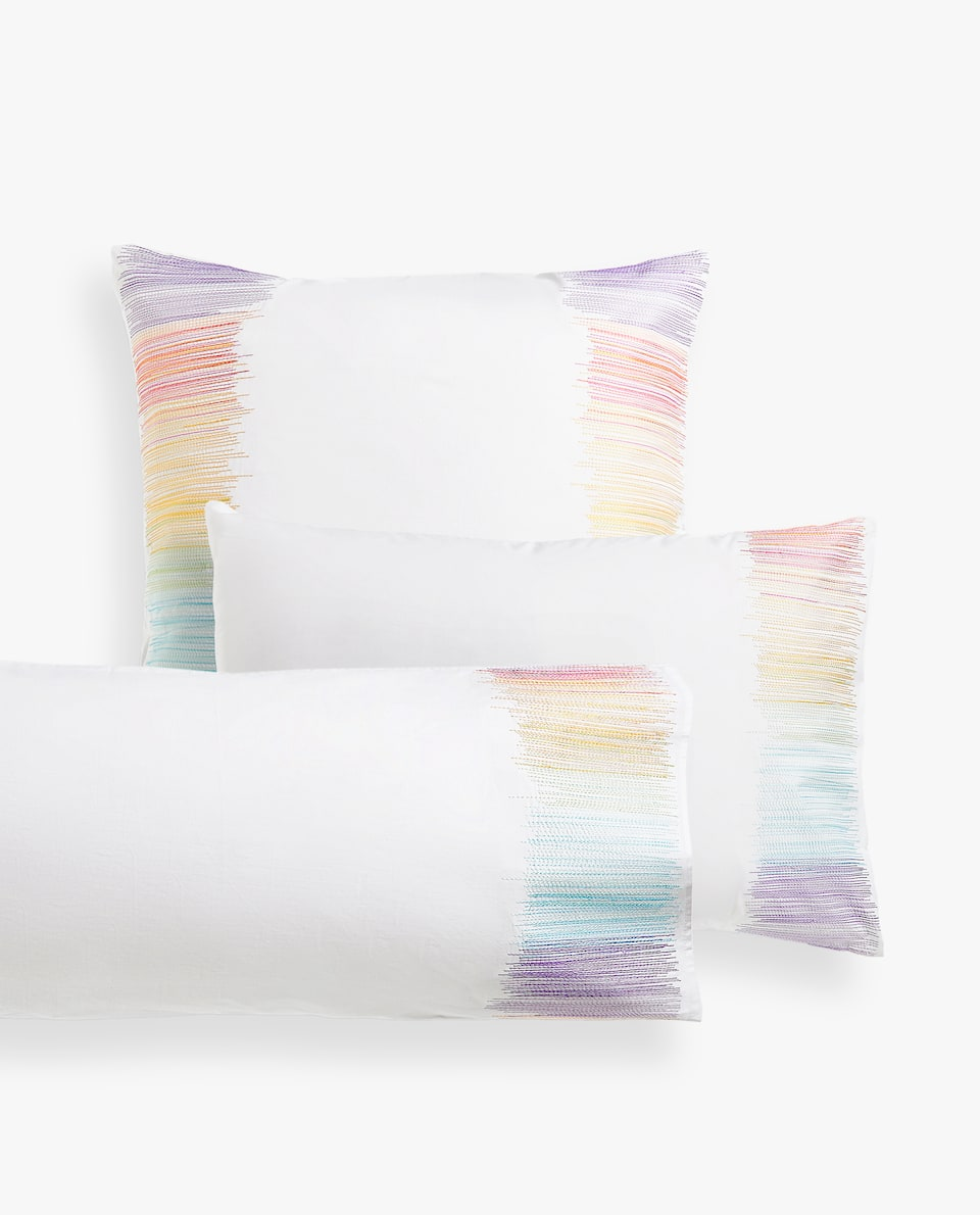 MULTICOLOURED EMBROIDERED STRIPES PILLOWCASE