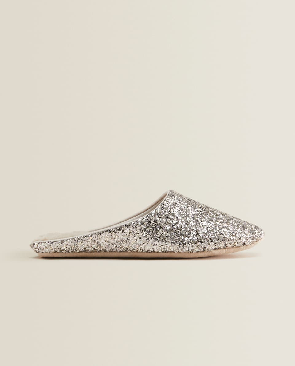 LINED GLITTER SLIPPERS