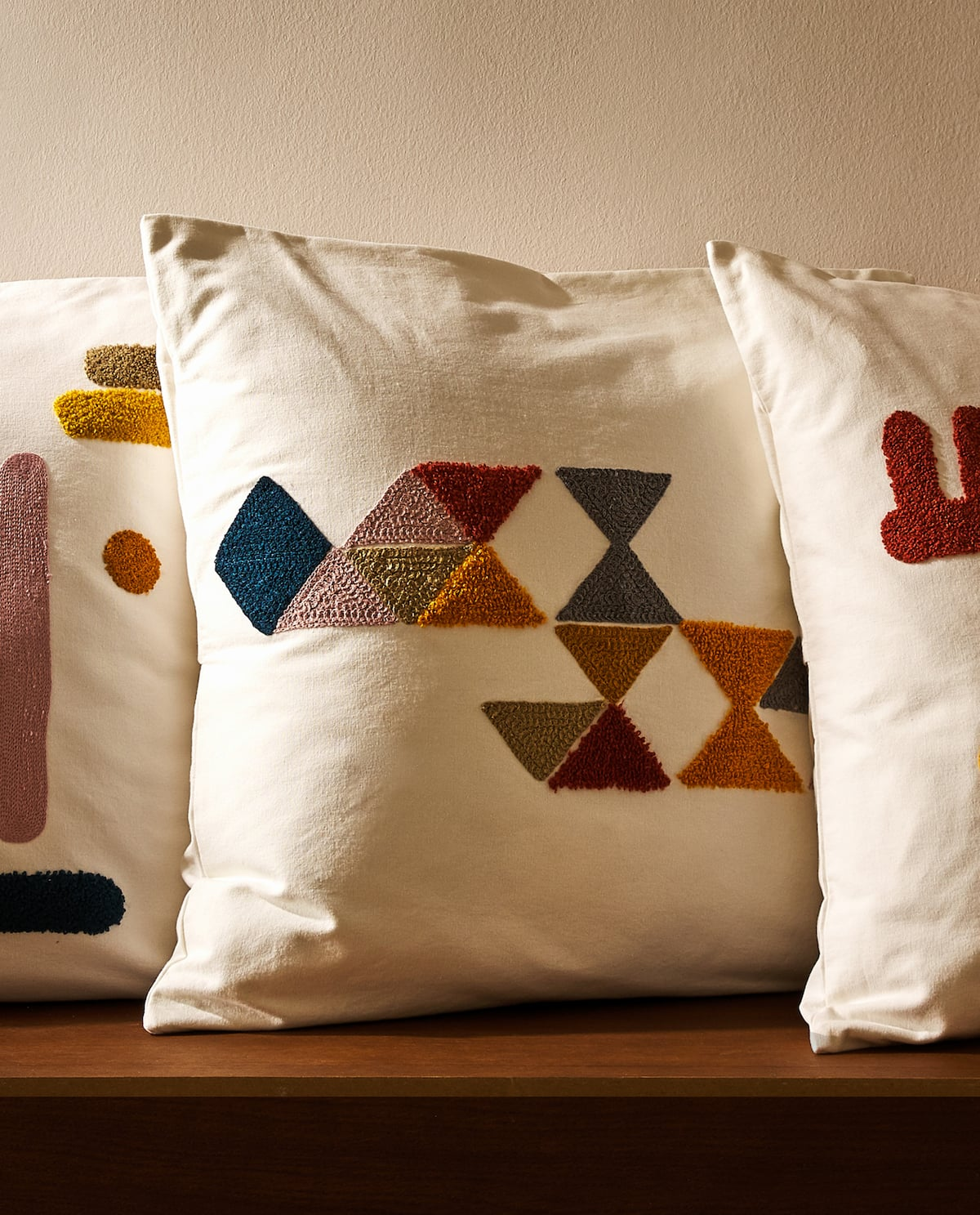 embroidered-cushion-covers by zara-home