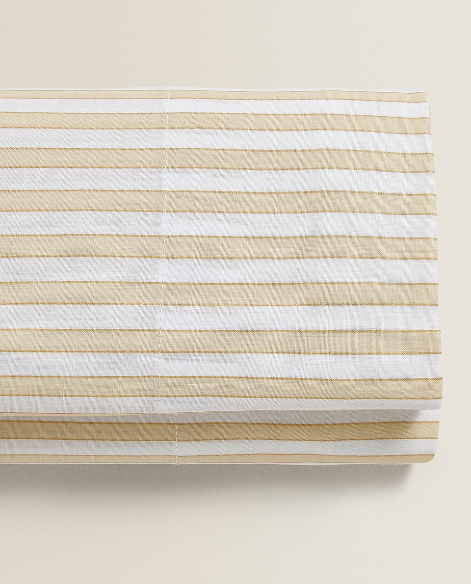 YELLOW STRIPED FLAT SHEET