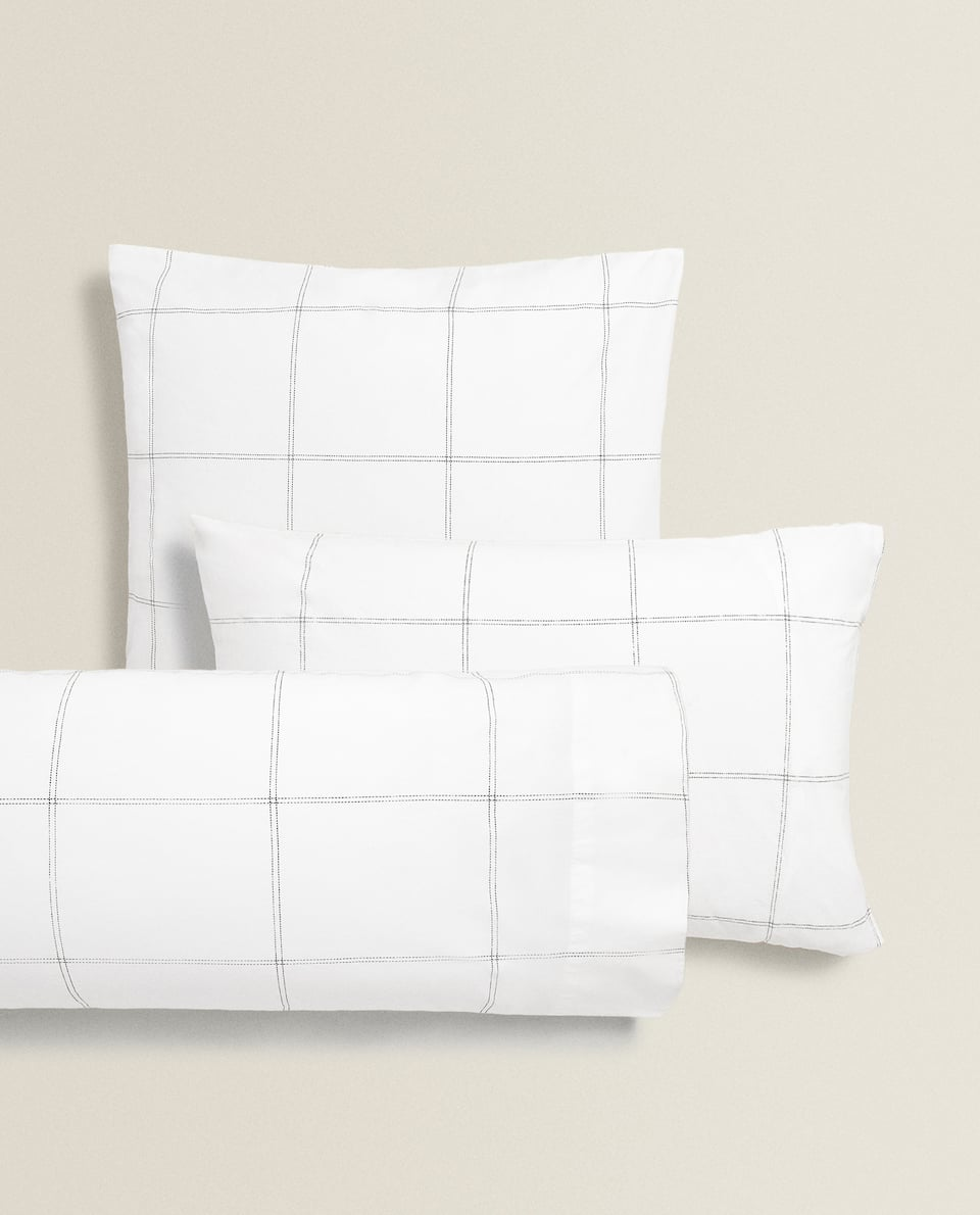 LARGE CHECK PRINT PILLOWCASE