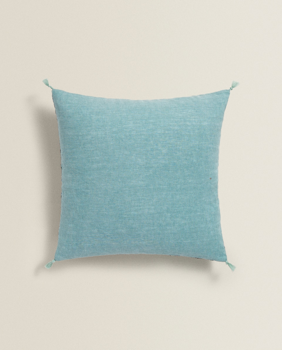 CHECK LINEN CUSHION COVER WITH TASSELS