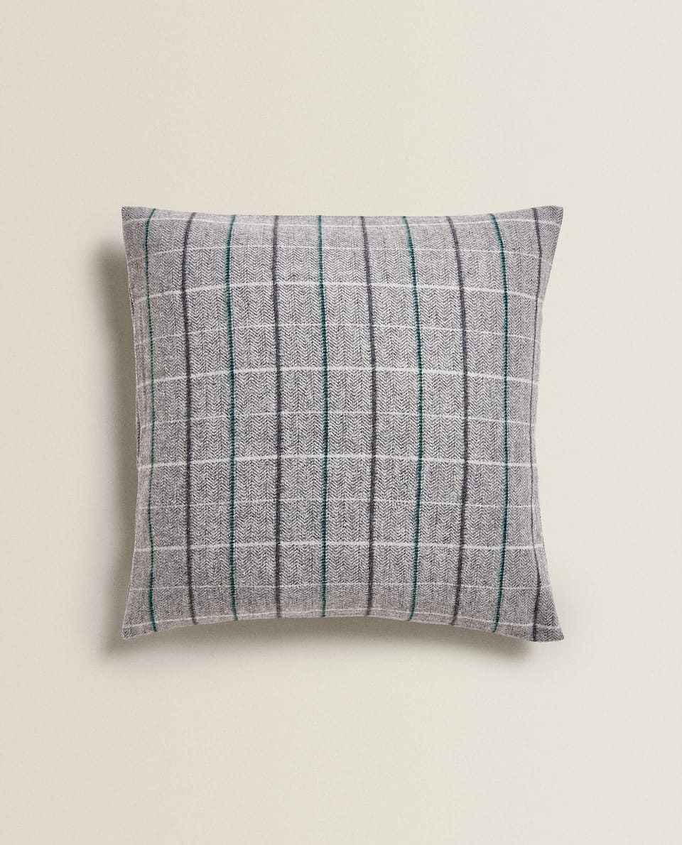 FLANNEL CUSHION COVER
