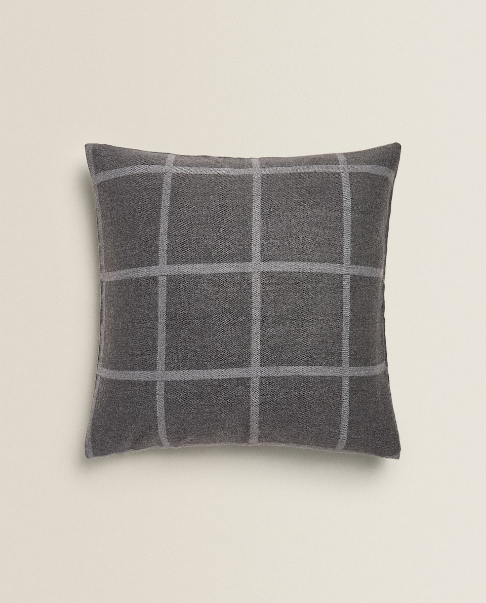 CHECKED PRINT CUSHION COVER