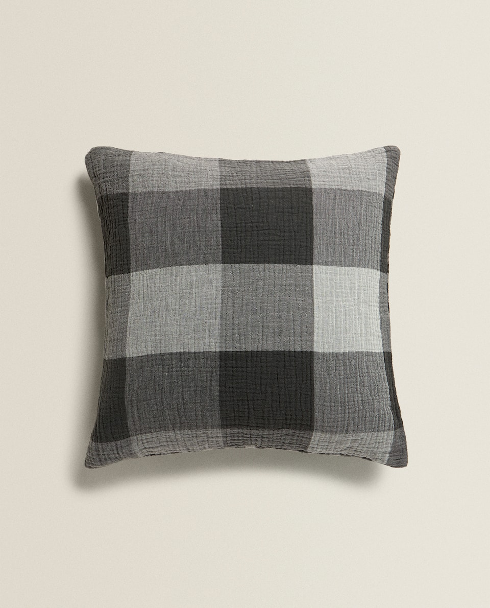 CHECKED MUSLIN CUSHION COVER