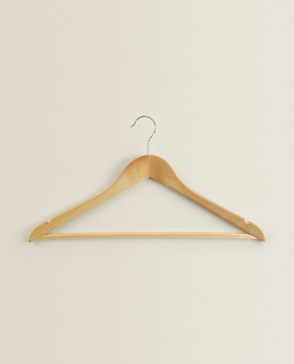LACQUERED WOOD HANGER