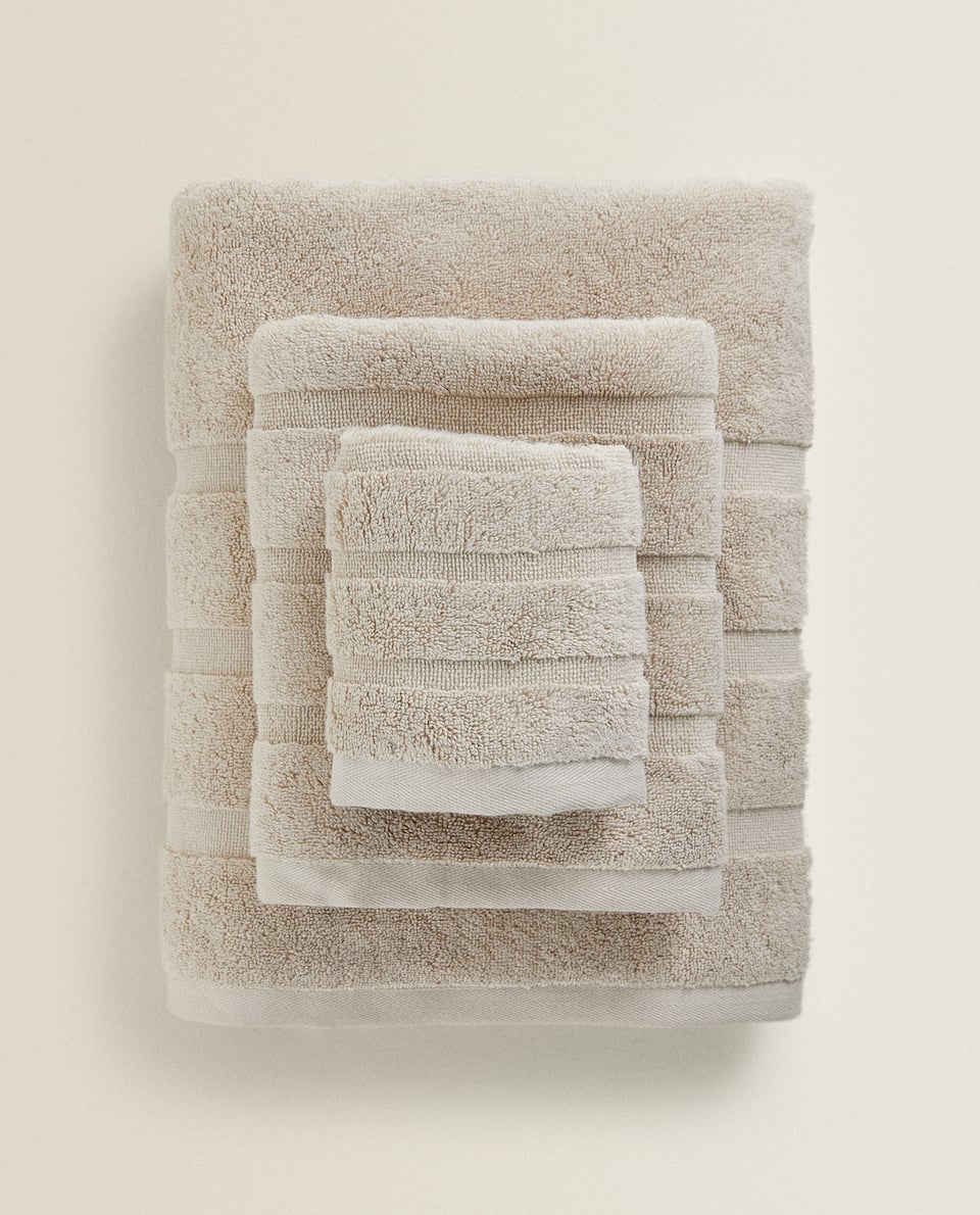 COMBED COTTON TOWEL