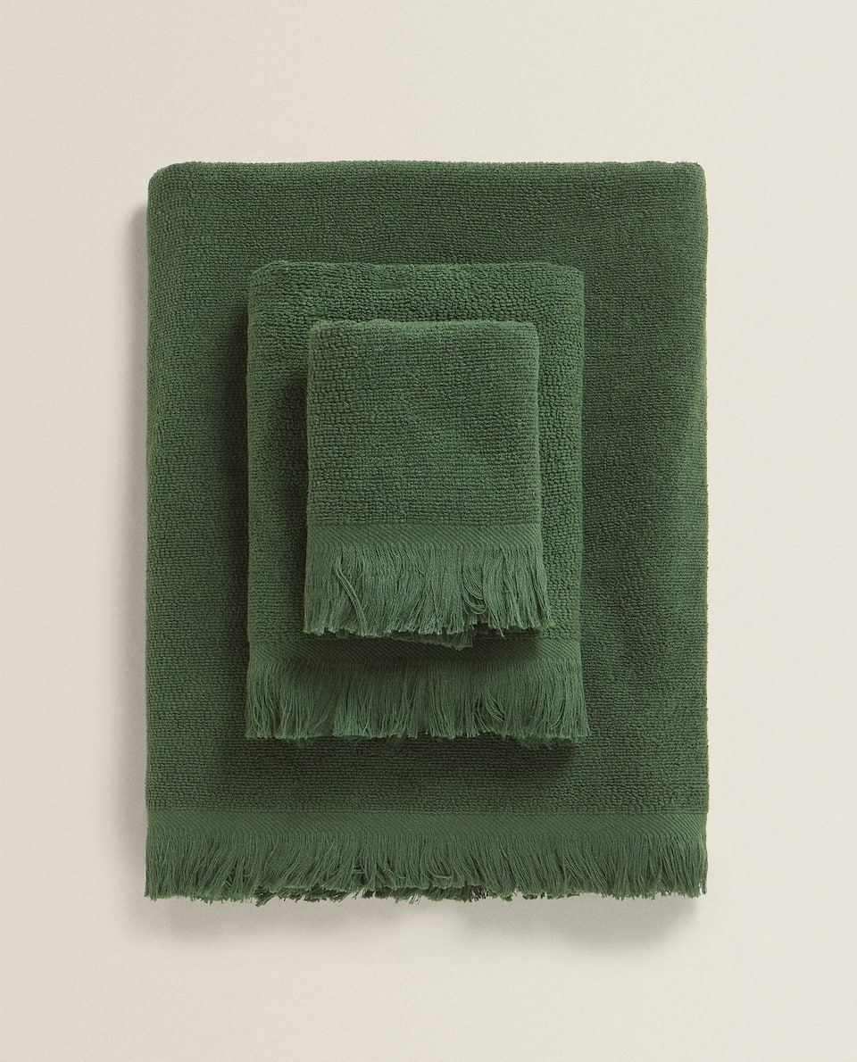 FRINGED COTTON TOWEL